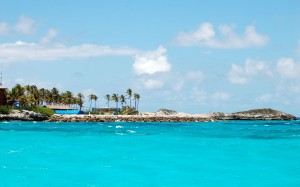 bahamas-blue-lagoon-island