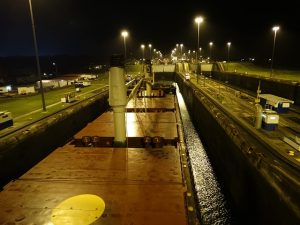 panama-canal-374889_640